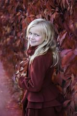 4 Julia Siepert - Roter Mantel